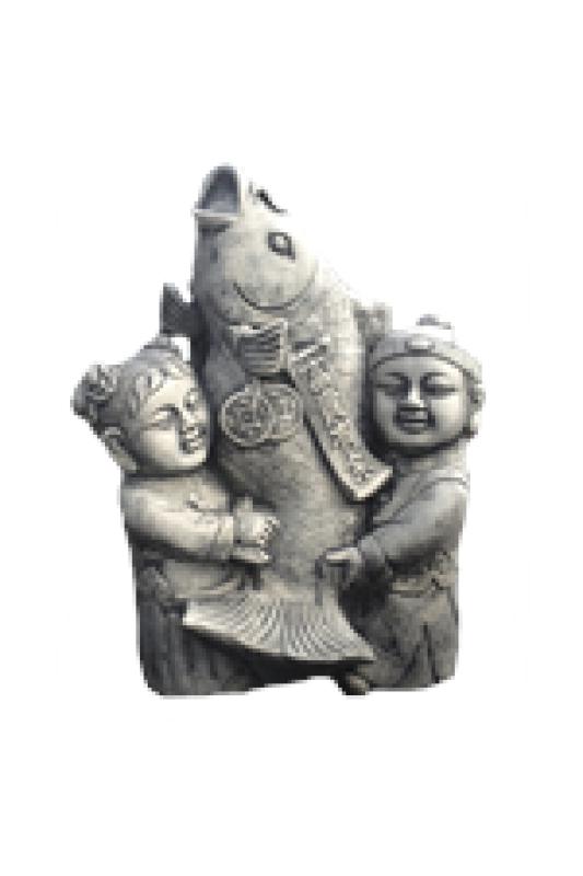 Děti s koi kaprem